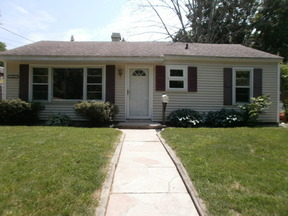 Single Family Home Leased: 2130 Roseland Ave.