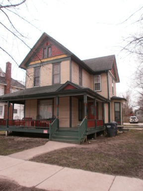 Multi Family Home Leased: 709 W Lovell St.  #3