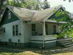 Single Family Home Leased: 2826 Courtlandt