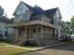 Duplex Leased: 424 E. Prairie Street #2