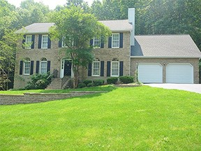 Residential Sold: 279 Windsor CT
