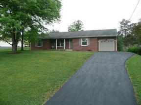Residential Sold: 32 Windsor Lane