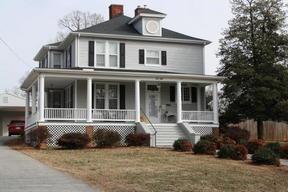 Residential Sold: 813 Oak Street