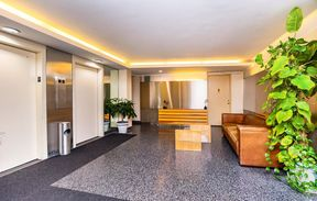 Condo/Townhouse For Sale: 321 East 45th Street #9J