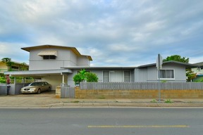 Single Family Home Sold: 3468 Leahi Ave