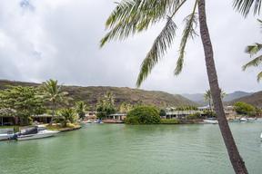Condo/Townhouse For Sale: 6370 Hawaii Kai Dr #28