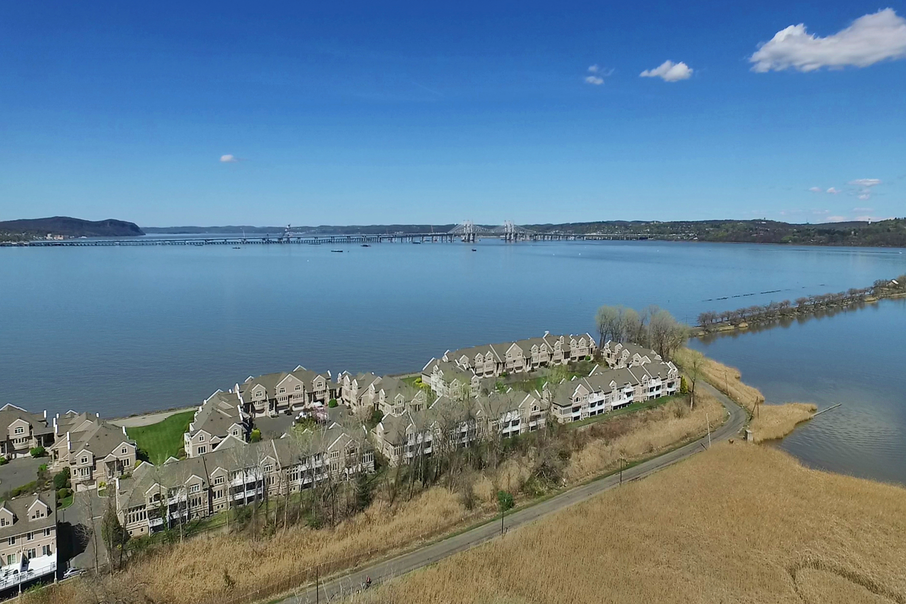 Condos for sale in Piermont and Nyack Rockland County by Donna Cox Better Homes and Gardens Rand Realty donnacox.com