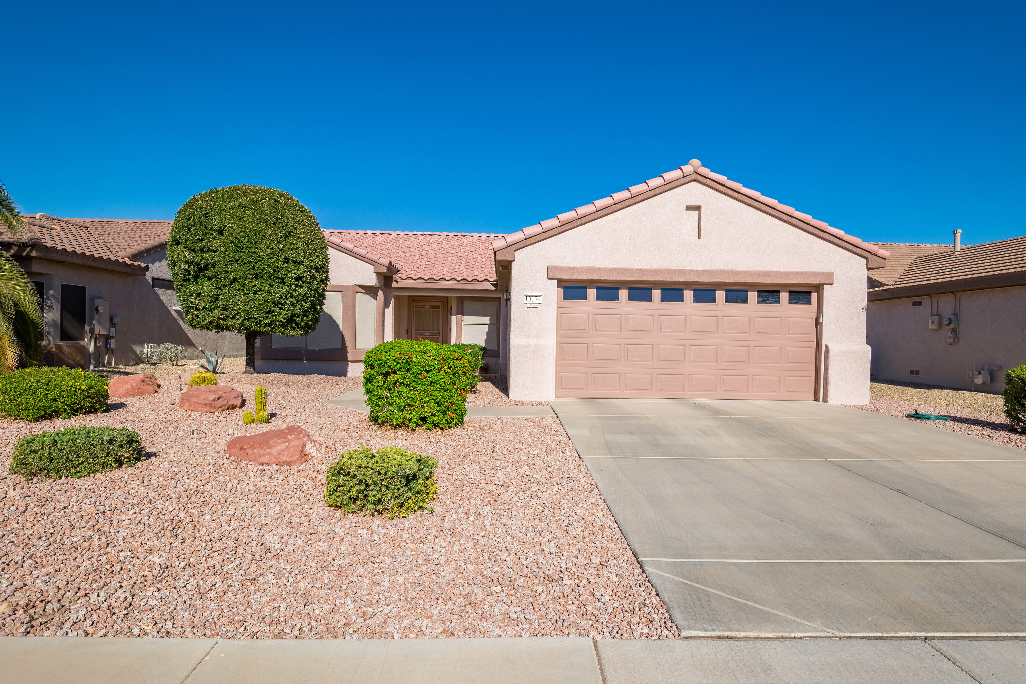 Sun City Grand 2 bed 2 bath home for sale just reduced.