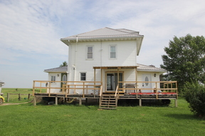 Single Family Home Sale Pending: 2064 II Ave