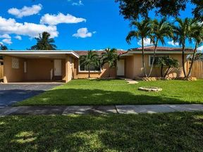 Single Family Home Sold: 420 SW 55th Ter