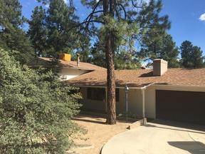 Single Family Home Sold: 805 E Pine Knoll