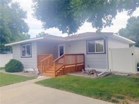 Single Family Home Sold: 715 Juniper Avenue