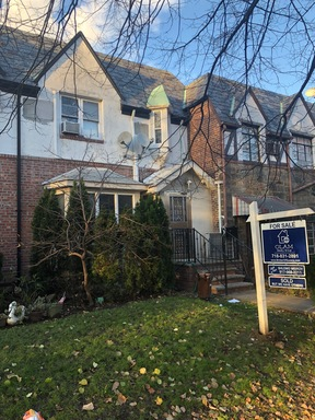 Kew Garden Hills NY Single Family Home Sold: $895,000