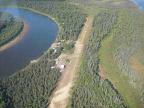 Commercial REMOTE LODGE & CABINS: 000 Holitna River