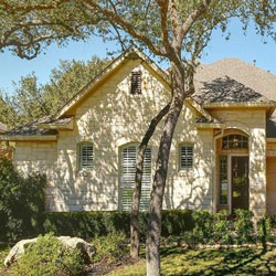 One story homes in southwest Austin - royarealty.com