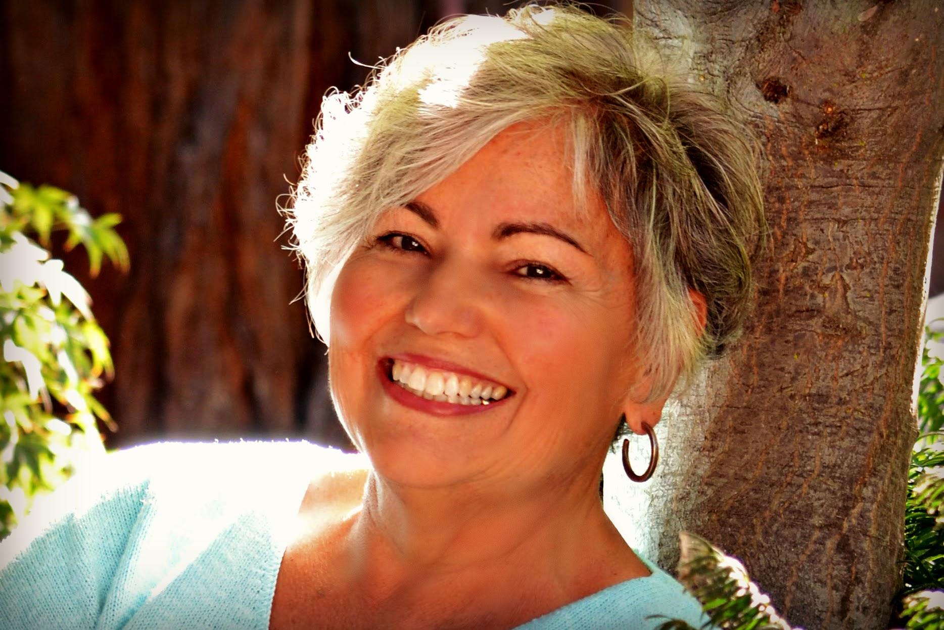 Liz Lemos