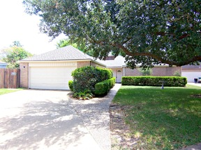 Single Family Home Sold: 22006 Red River Drive