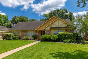 Single Family Home Sold: 1015 Dominion Drive