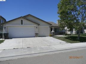 Single Family Home Sold: 5033 Moorcroft Circle