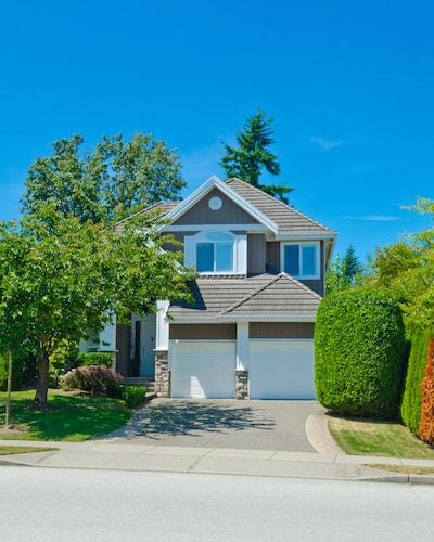 Claudia Sarmiento   703-338-6223   Woodbridge VA Homes for Sale