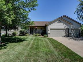 Single Family Home Sold: 942 Deercreek Parkway