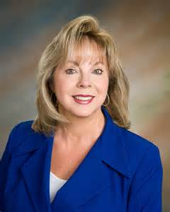 Lynne VanDeventer
