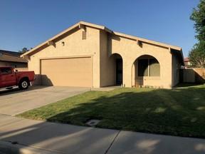 Lancaster CA Single Family Home Sale Pending: $265,000