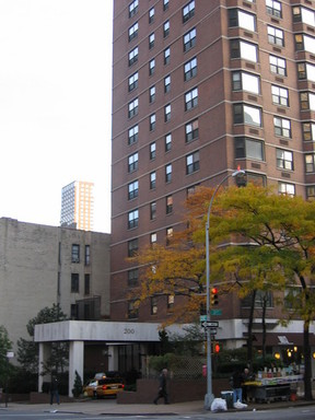 Unit For Sale Recently Closed: 200 East 90th 14G