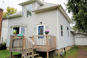 Single Family Home Sold: 1120 3rd Avenue SW