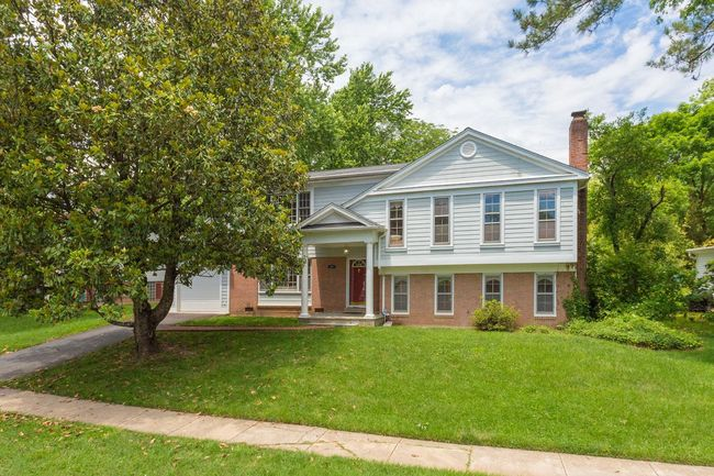 5456 Broadmoor St Alexandria Va 22315 Hayfield Farm Home for Sale 5 Bedroom Master Bedroom Oasis Suite on Private Level
