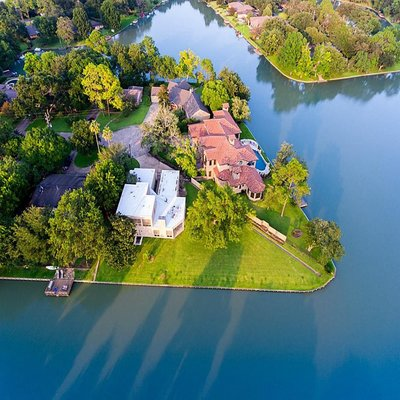 Homes for Sale in Venetian Estates, Sugar Land, TX