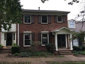 Condo/Townhouse Sold: 176 Jefferson Square #176