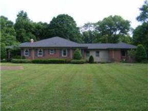 Single Family Home Sold: 935 Van Leer Dr