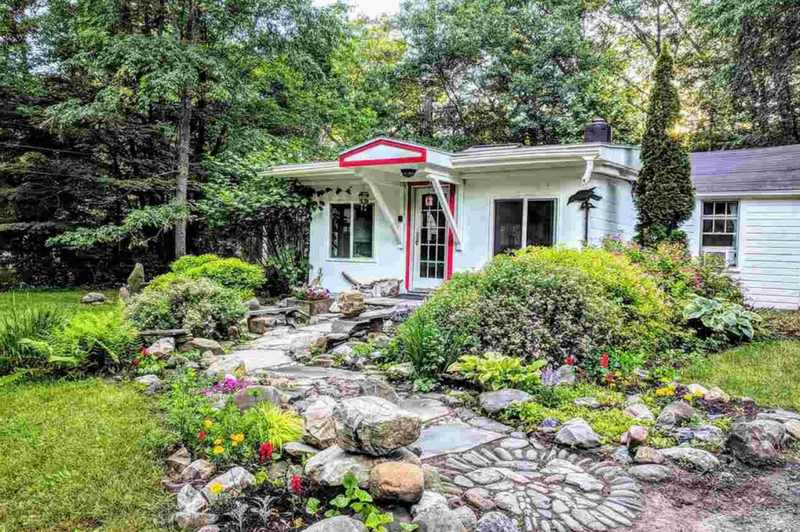 Stylish Vacation Bungalow - Mount Tremper