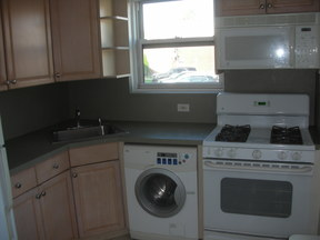 Co-op For Rent: 76-35 Commonwealth Blvd #1st fl