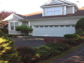 Residential Sold: 2 Tall Tree Circle