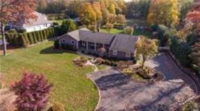 Single Family Home Sold: 169 Oakside Dr