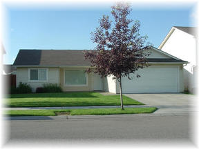 Residential Sold: 2609 W. Versaillies Dr.