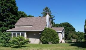 Residential Sold: 4041 S Lynn Street