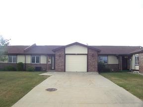 Residential Sold: 140 C Riverside Dr