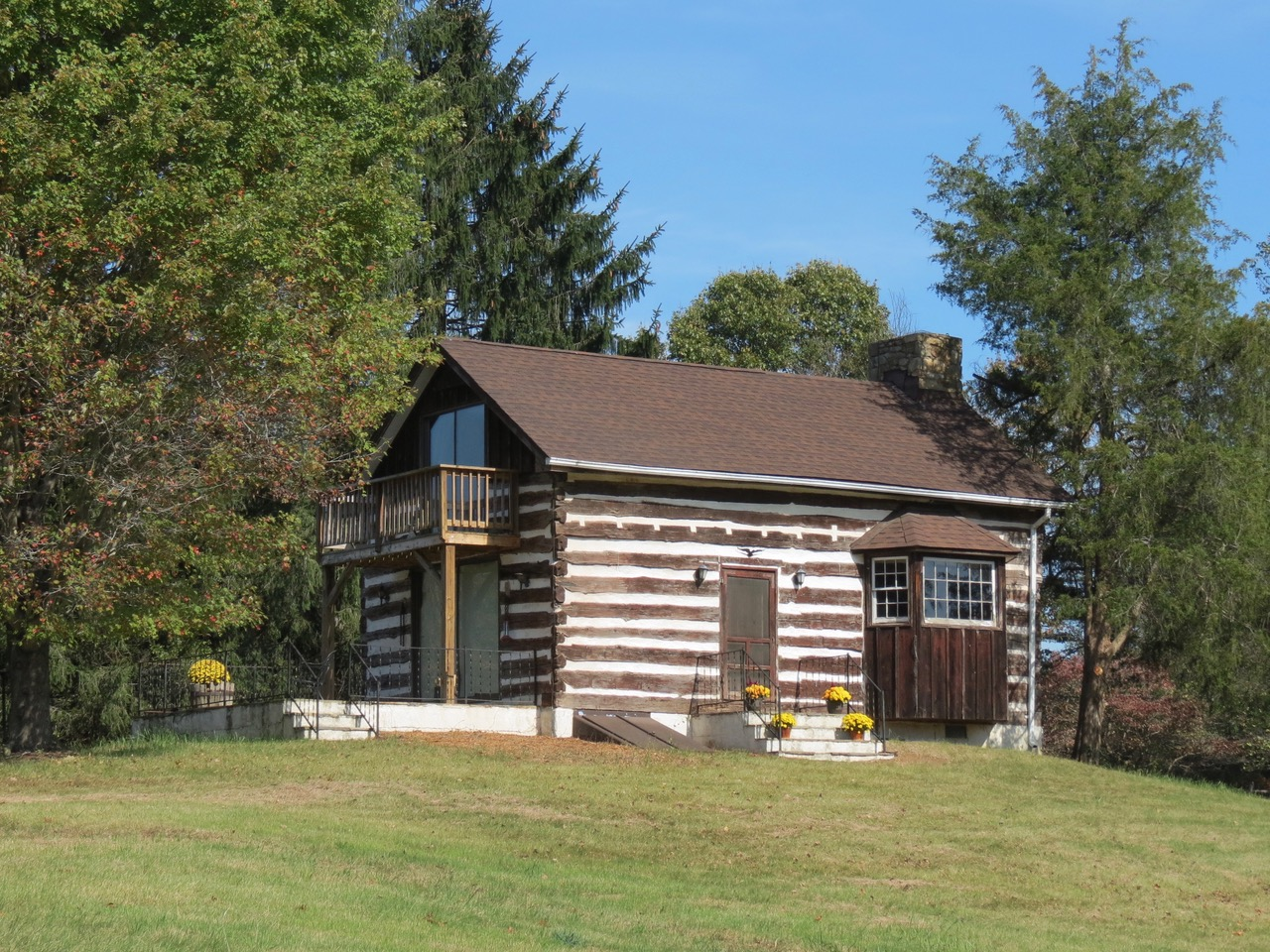 25 acres & 2 bedroom cabin for Hunt Box