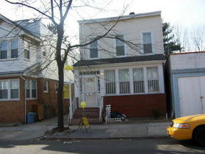 Residential Sold: 91-12 82 STREET