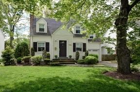 Residential Sold: 780 Fairacres Avenue