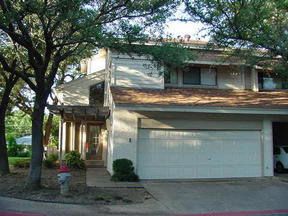 Residential Sold: 1 OAKBROOK DR