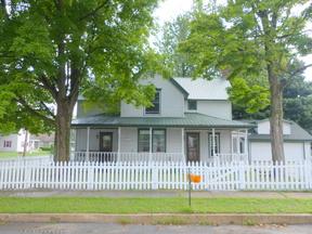 Single Family Home Sold: 400 E Center Street