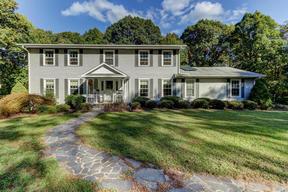 Residential Sold: 231/171  Willow Lane