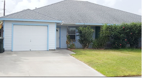 Multi Family Home For Lease: 4202 Easy Street #A
