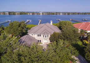 Residential Recently Sold: 209 Lansing Island Drive