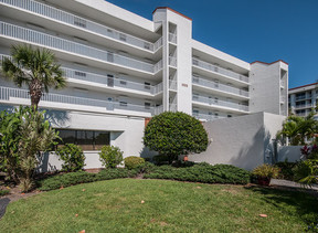 Residential Sold: 1555 N Highway A1a  #504