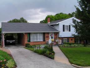 Residential Sold: 115 Frontier Rd Ne